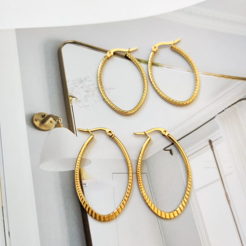 Hoops oval gold