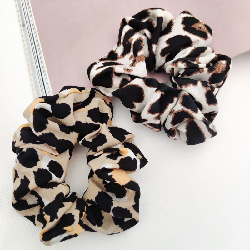 Scrunchies leopard beige and white